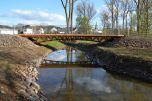 Holzbrücke in Schönecken - Einbindung in Landschaftsraum